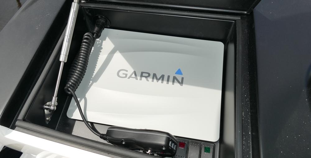 Atlantic Marine Electronics Viking 72 Demo Garmin GPSMA2 8212 w/ GSD 26 CHIRP Video Sounder