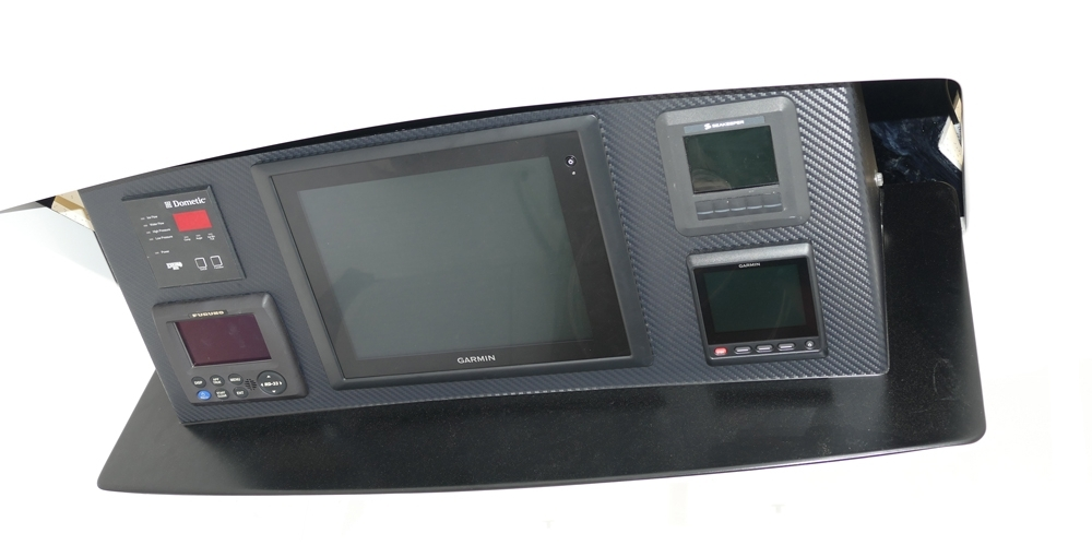 Atlantic Marine Electronics Viking 72 Demo Garmin navigation